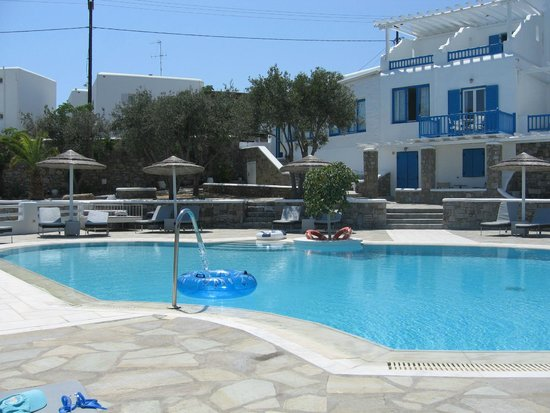 Argo Hotel Mykonos: lovely quiet pool!
