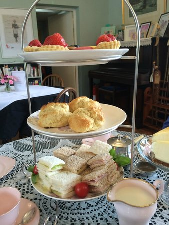 Riseley Village Tea Room: Afternoon tea - June 2014