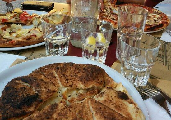 D`Bar Cafe Restaurant : Ftiras gozitane
