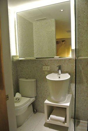 Naumi Liora : バスルームその2
