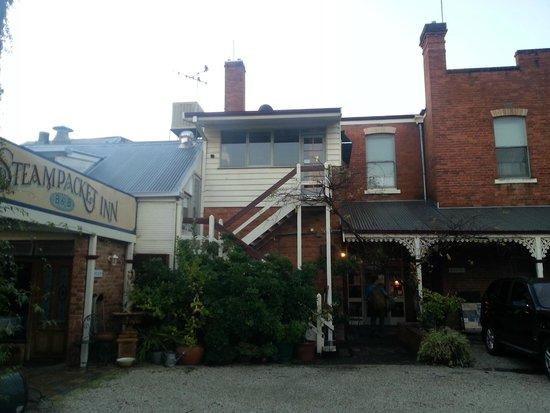 Steampacket Inn: Seems to have had additions over the years