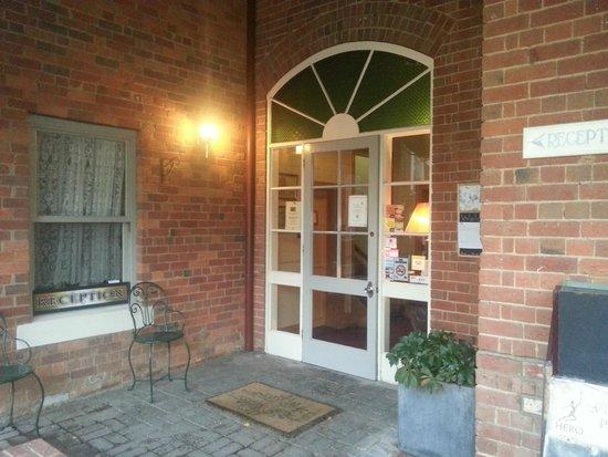 Steampacket Inn: The entrance