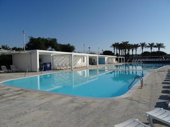 Magna Grecia Hotel Village: Piscine
