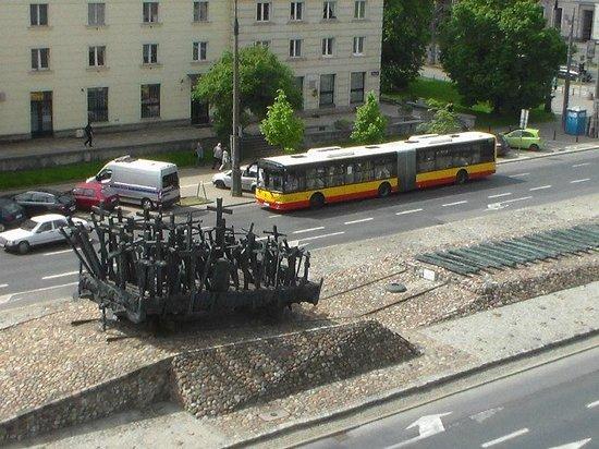 Ibis Warszawa Stare Miasto - Old Town: VISTA DA JANELA DO QUARTO
