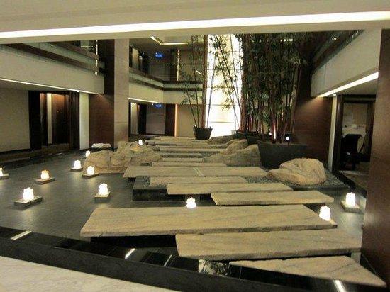 PARKROYAL Kuala Lumpur: Third floor lobby.