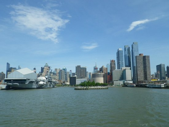 Bateau picture of circle line cruises new york city tripadvisor