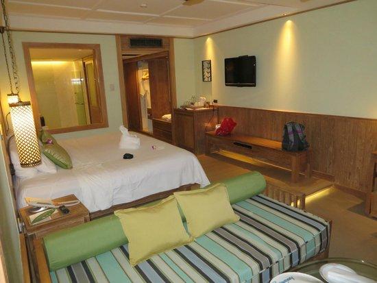 Katathani Phuket Beach Resort : Thani Wing Junior Suite
