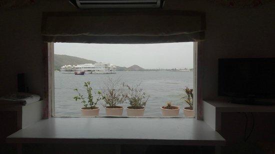 Raas Leela Luxury Camps: Room 101 View ;)