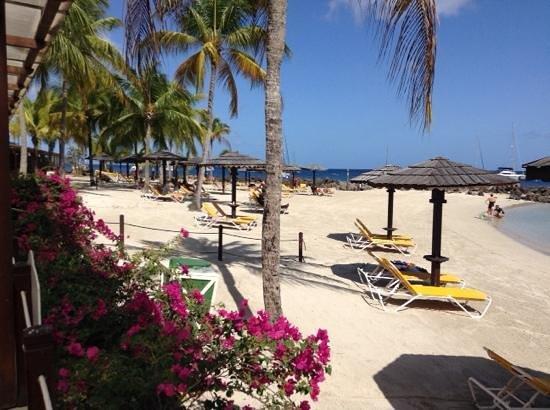 Hotel Bakoua: beach