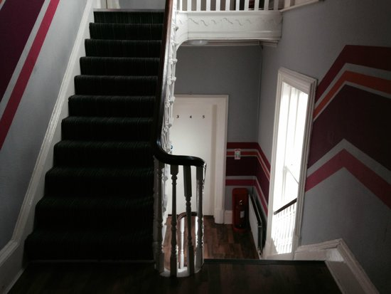 Paddy's Palace Belfast: Stairs