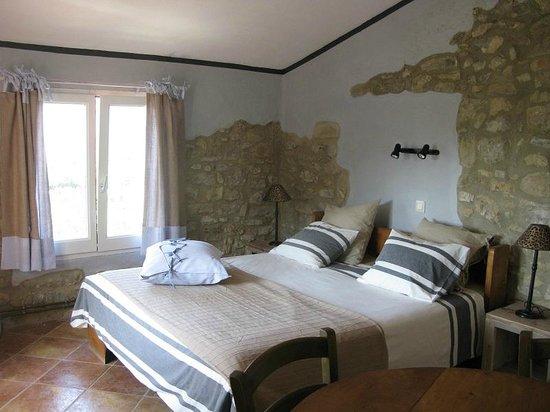 Mas Pitra: kamer voor 4 personen - room for 4 people