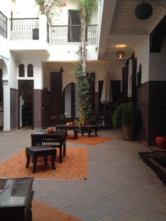Riad Aya : Patio