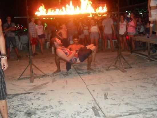 Phi Phi Islands: Beach Party