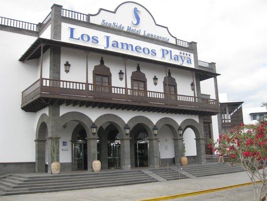 Seaside Los Jameos Playa: hoofdingang hotel