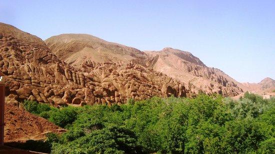 Kasbah Aït-Arbi : Vue sur les Doigts des Singes