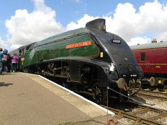 Zafran: A4 60009 UNION OF SOUTH AFRICA at Dereham on the Mid Norfolk Railway. 60009 is usually found on