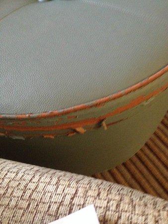 Hilton Orlando Buena Vista Palace Disney Springs : ripped stool