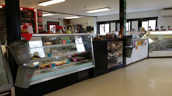 South Hadley, MA: Creamery