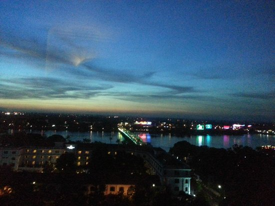 Imperial Hotel : sunset view in room
