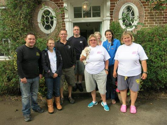 Glebe House B & B: our Freediving 2000 team