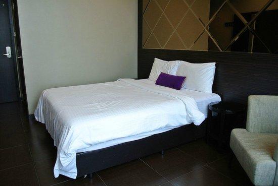 V Hotel Lavender: ベッド