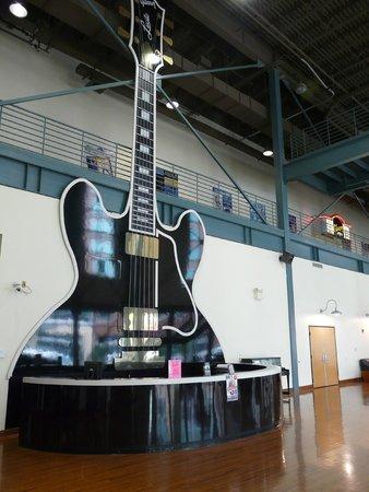 Gibson Factory : Lobby