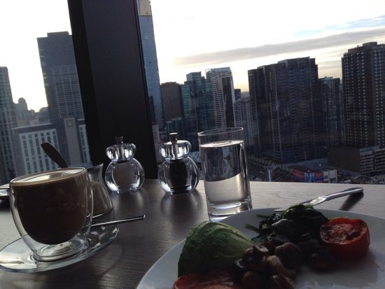 Crown Metropol Melbourne : Breakfast with a view, just don't look down because the carpark below spoils it!