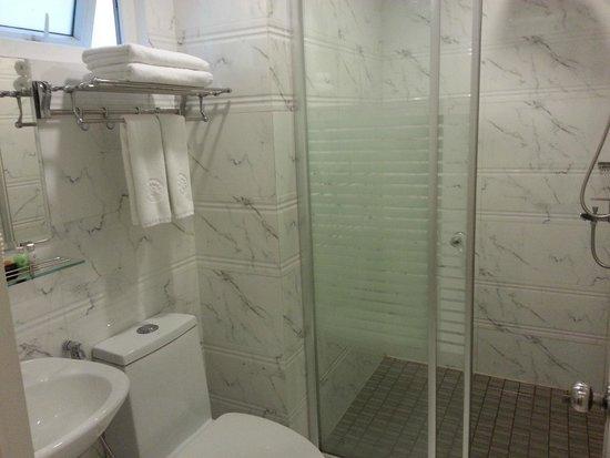 Ruby River Hotel : bathroom