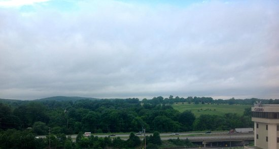 Radisson Hotel Valley Forge: The view over Valley Forge National Park