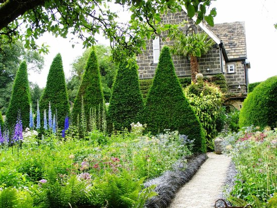 York Gate Garden (Perennial charity): Strong topiary