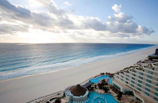 ME Cancun: wow