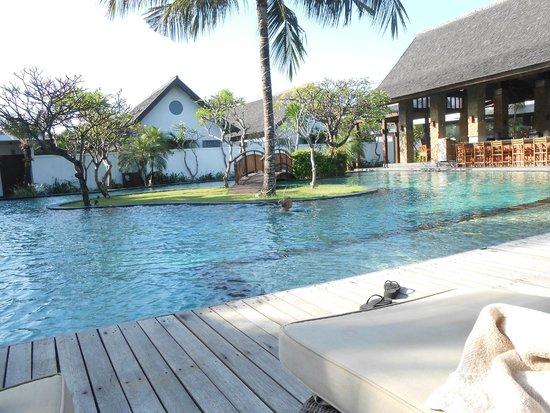 The Samaya Bali Seminyak: Pool by royal garden villas
