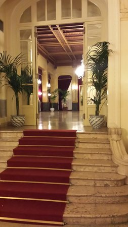 Grand Hotel et Des Palmes: hall