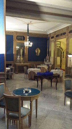 Grand Hotel et Des Palmes : sala laterale