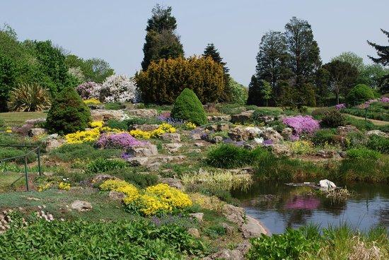 Bexley, UK: Hall Place Gardens, the Rock Garden