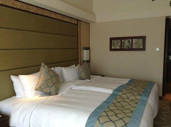 Shangri-La's Mactan Resort & Spa: Номер продуман и удобен