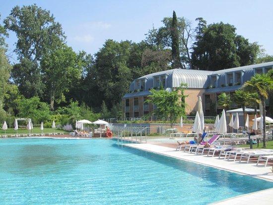 Hotel Corte Valier: piscina