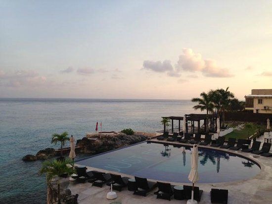Hotel B Cozumel: Beautiful morning view!