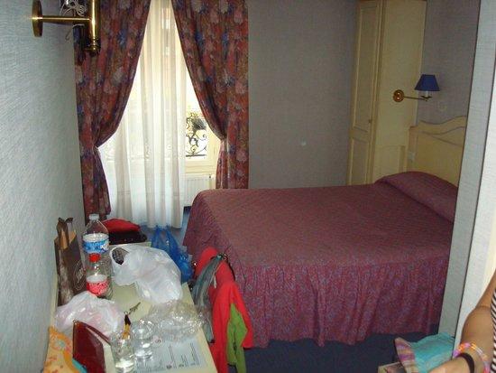 Hotel de l'Esperance: camera