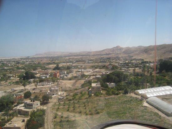 Qumran Caves: vista de Jerico