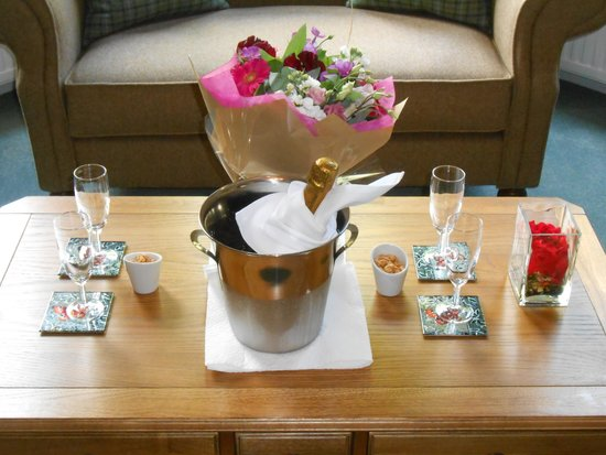 The Ayrlington: Flowers for an anniversary in the bar