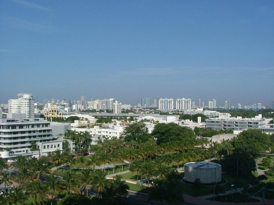 W South Beach: Miami Skyline
