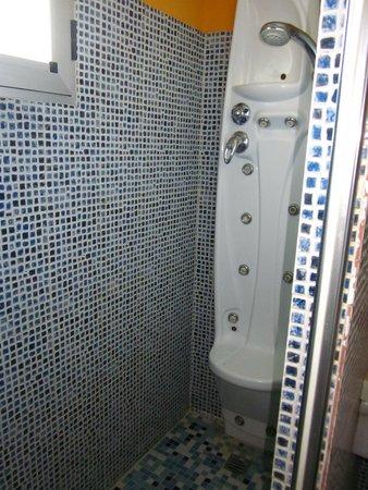 Hotel HG Gaona: La maravillosa ducha