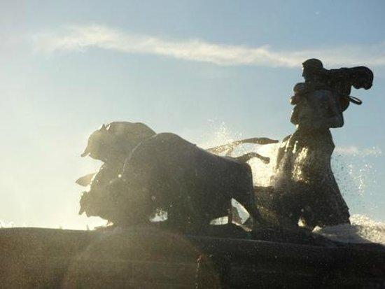 The Little Mermaid (Den Lille Havfrue) : ゲフィオンの泉は、逆光時間(夕方)が狙い目