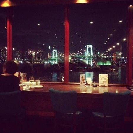 Red Lobster Aquacity Odaibaten: Вид из окна ресторана