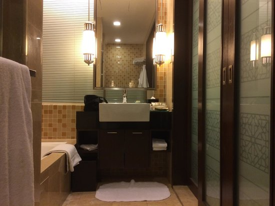 Sunway Resort Hotel & Spa : bathroom