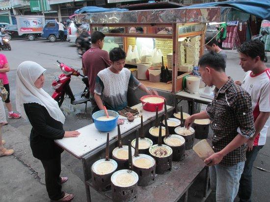 Mie Tiong Sim Selat Panjang: Local Pancakes