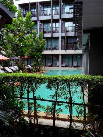 Aree Tara Resort : View of the rooms facing the pool