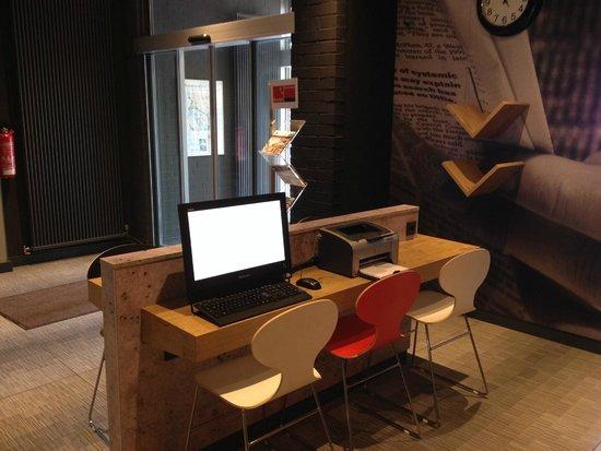 Ibis Bremen City: web corner