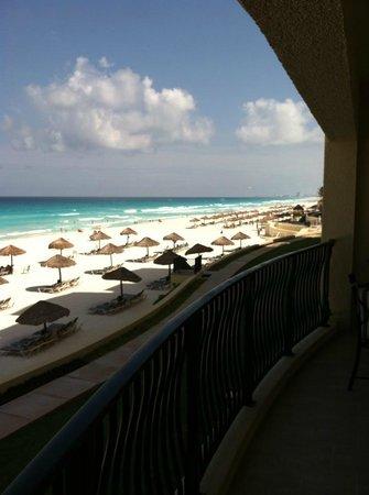 The Royal Sands: Villa balcony